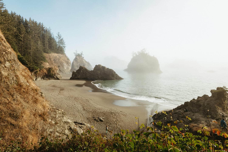 La vista horizontal de Secret Beach en Oregon