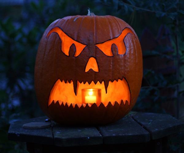 wikicommons de halloween